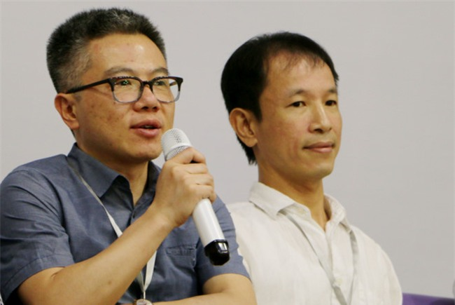 GS Ngo Bao Chau chon nghe cat toc khi huong nghiep thoi pho thong hinh anh 1