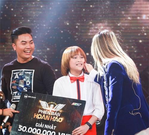 """Cậu bé 11 tuổi khiến Mỹ Tâm """"phát cuồng"""", xin làm fan ruột - 3"""