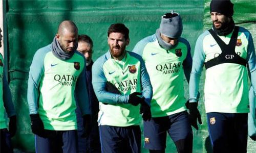 """Messi lạm quyền: Rủ 4 công thần """"vòi"""" tiền Barca - 1"""