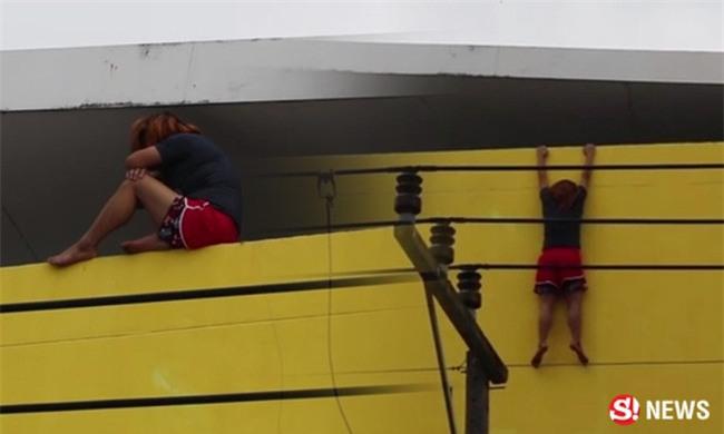 Thái Lan: Quá tuyệt vọng, cô nàng tomboy nhảy lầu tự tử sau khi bị một gã đàn ông cưỡng hiếp - Ảnh 1.