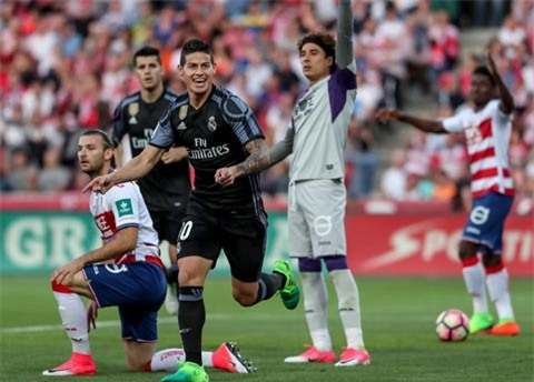 James Rodriguez lập đại công với cú đúp bàn thắng vào lưới Granada