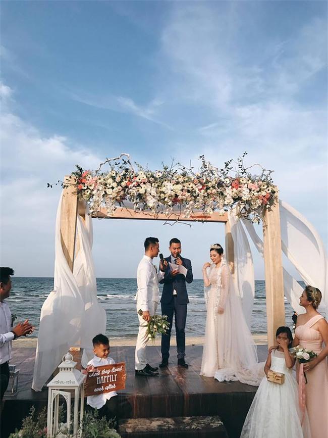Đám cưới được hội chị em hóng nhất hôm nay của Hằng Túi diễn ra hoành tráng thế này đây - Ảnh 1.