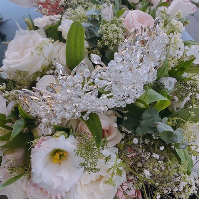 Đám cưới được hội chị em hóng nhất hôm nay của Hằng Túi diễn ra hoành tráng thế này đây - Ảnh 11.
