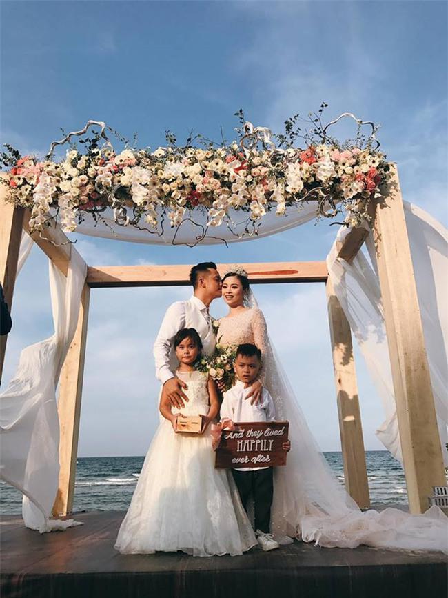 Đám cưới được hội chị em hóng nhất hôm nay của Hằng Túi diễn ra hoành tráng thế này đây - Ảnh 2.