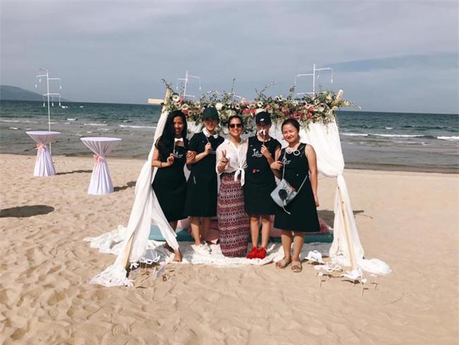 Đám cưới được hội chị em hóng nhất hôm nay của Hằng Túi diễn ra hoành tráng thế này đây - Ảnh 22.