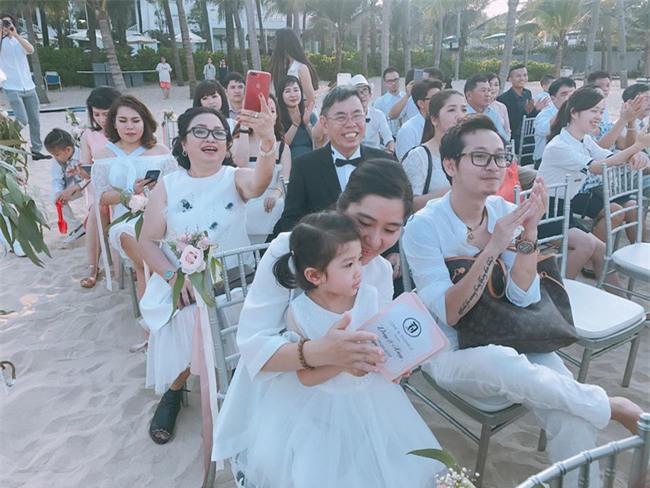 Đám cưới được hội chị em hóng nhất hôm nay của Hằng Túi diễn ra hoành tráng thế này đây - Ảnh 5.