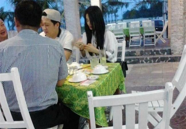 Truong Giang dua Nha Phuong ve que sau su co bi nem chai hinh anh 2