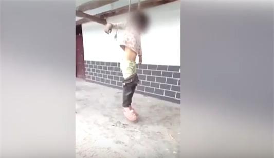Bé gái 8 tuổi bị bố treo cổ vì làm rách thỏa thuận ly hôn - Ảnh 1.
