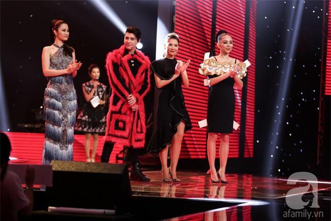 Noo Phước Thịnh gây choáng khi nặng lời với học trò ngay trên sân khấu The Voice - Ảnh 1.