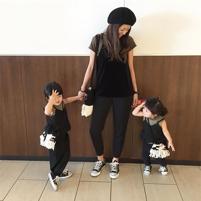 Mẹ nào có con gái mà chẳng mê diện đồng phục quá đỗi xinh xắn thế này! - Ảnh 24.