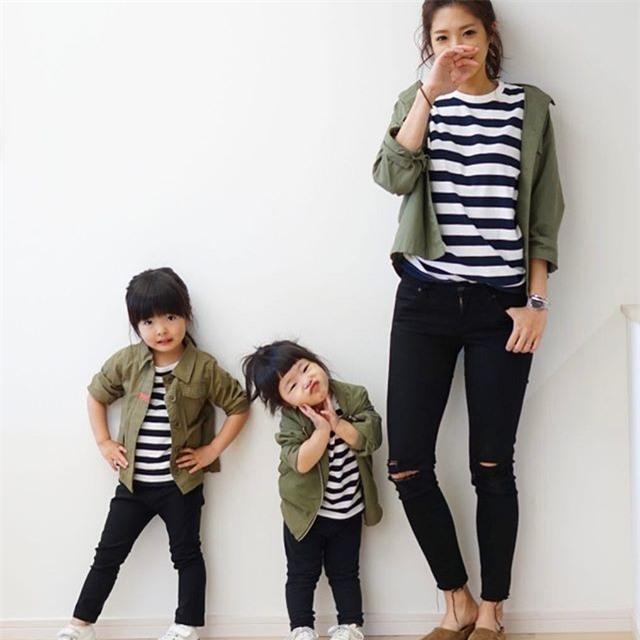 Mẹ nào có con gái mà chẳng mê diện đồng phục quá đỗi xinh xắn thế này! - Ảnh 4.