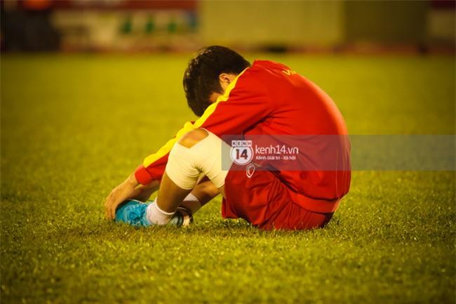 Vỡ mộng World Cup, thần đồng của bầu Đức buồn não nề trong buổi tập của U20 Việt Nam - Ảnh 3.