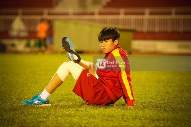 Vỡ mộng World Cup, thần đồng của bầu Đức buồn não nề trong buổi tập của U20 Việt Nam - Ảnh 4.