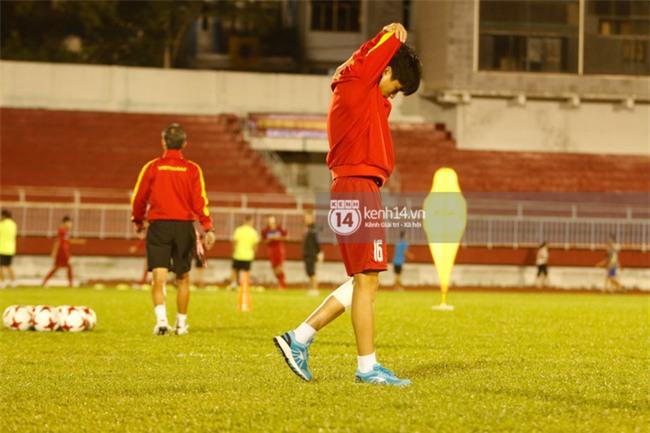 Vỡ mộng World Cup, thần đồng của bầu Đức buồn não nề trong buổi tập của U20 Việt Nam - Ảnh 7.