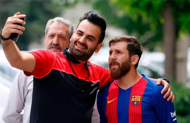 Sinh viên người Iran bị cảnh sát bắt giữ vì quá giống Messi - Ảnh 3.