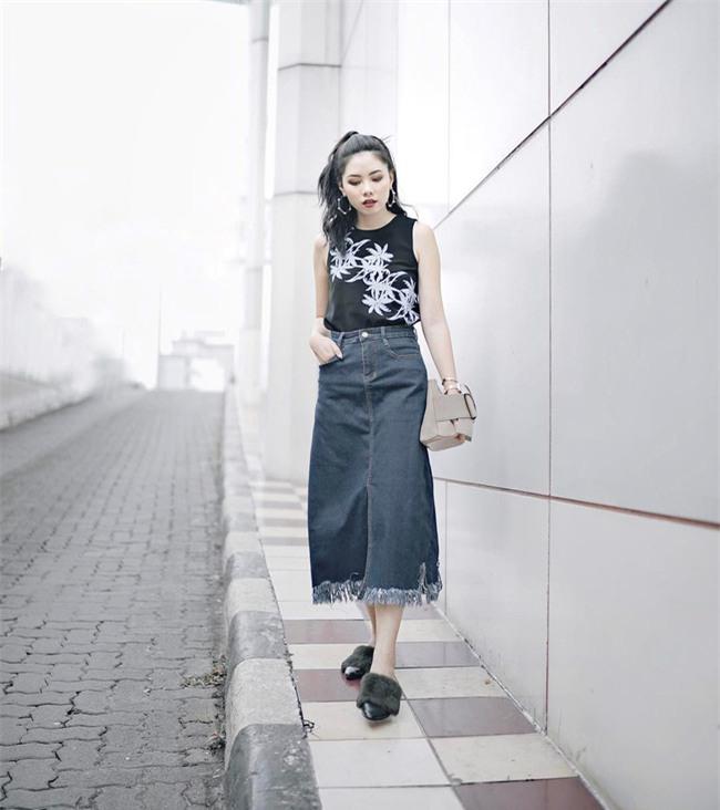 Thời tiết nắng nóng, các quý cô châu Á thi nhau mặc đồ cực mỏng và cực điệu - Ảnh 20.