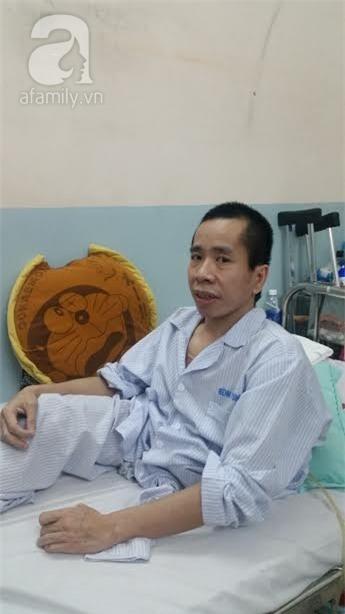 Người em trong cặp song sinh Việt - Đức phải phẫu thuật tạo hình niệu quản - Ảnh 1.
