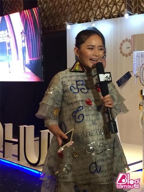phan-nhu-thao-tut-doc-khong-phanh-blogtamsuvn11