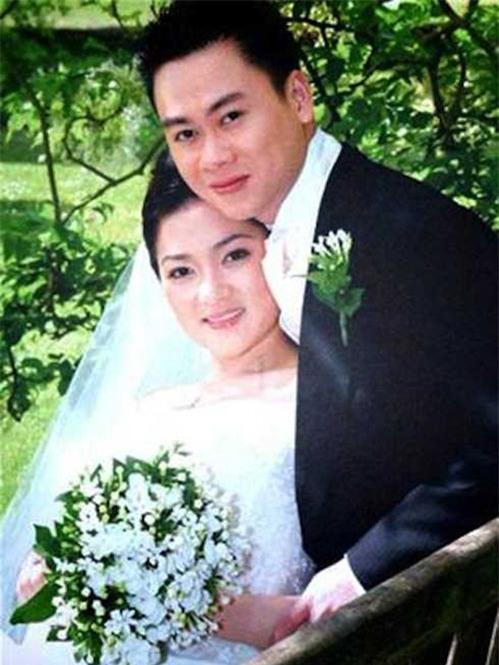 """dam vinh hung va 2 lan """"khong khao ma xung"""" chuyen chia tay cua sao viet - 1"""