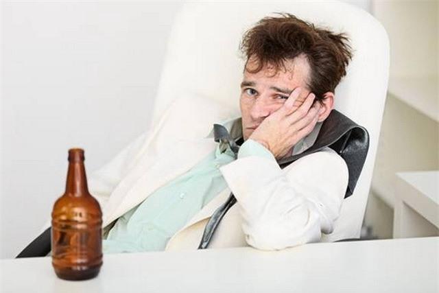 Người cha nát rượu biến con trai từ kẻ ăn cắp vặt trở thành ông chủ - Ảnh 2.