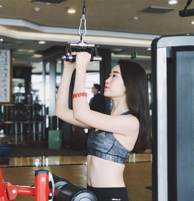 """day chinh la 3 nang hoa hau cham chi """"song ao"""" nhat phong gym! - 3"""