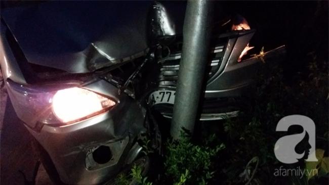 Hà Nội: Xe ô tô điên tông hàng loạt xe máy, xe đạp khiến ít nhất 5 người nhập viện - Ảnh 5.