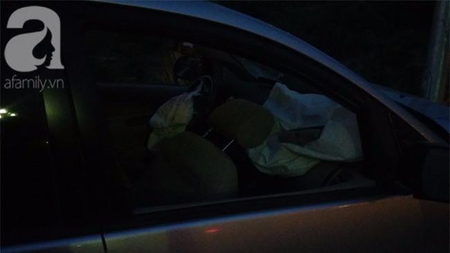 Hà Nội: Xe ô tô điên tông hàng loạt xe máy, xe đạp khiến ít nhất 5 người nhập viện - Ảnh 7.