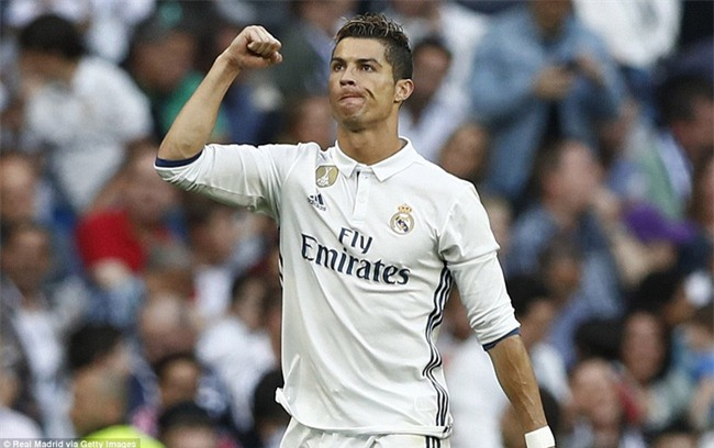 Ronaldo lập kỷ lục ghi 400 bàn cho Real Madrid - Ảnh 3.