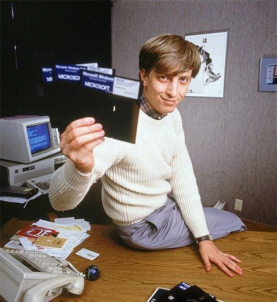 Những người thành công như Bill Gates, J.K. Rowling… họ làm gì ở tuổi 20? - Ảnh 2.