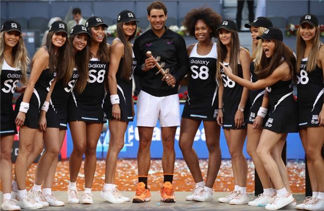 Ro beo va ban gai co vu Nadal vo dich Madrid Open hinh anh 11