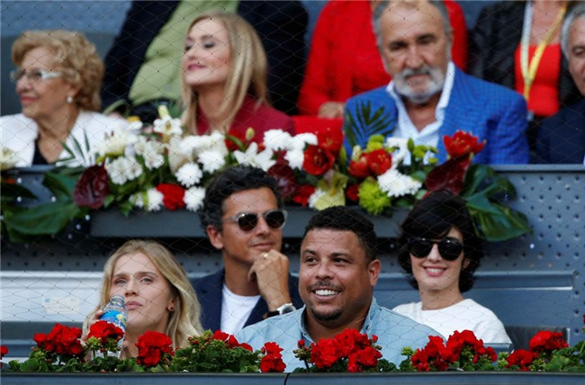 Ro beo va ban gai co vu Nadal vo dich Madrid Open hinh anh 3