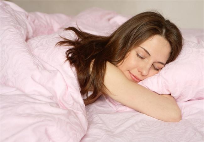 Bạn có biết đây là khung giờ vàng nếu bạn đi ngủ thì sẽ trẻ rất lâu và vô cùng khỏe mạnh - Ảnh 3.