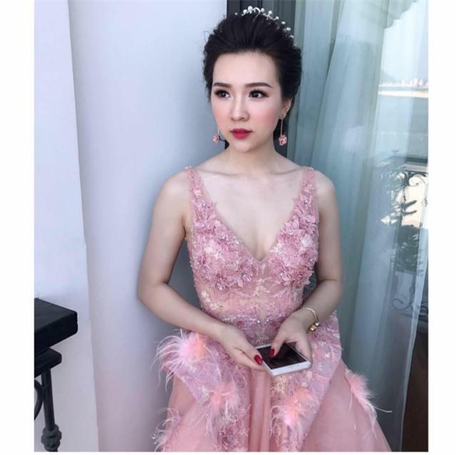 Cô dâu Quỳnh Nga lộng lẫy trong ngày cưới