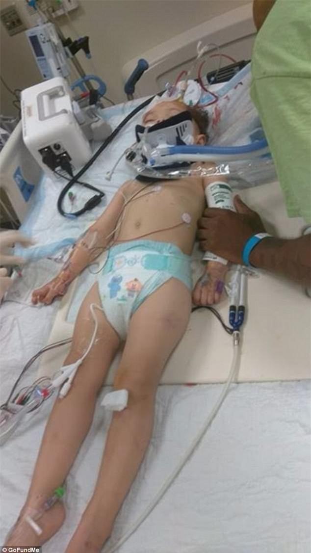 Bé gái 2 tuổi tổn thương não vì bị bảo mẫu là một cậu thiếu niên 16 tuổi trừng phạt - Ảnh 2.