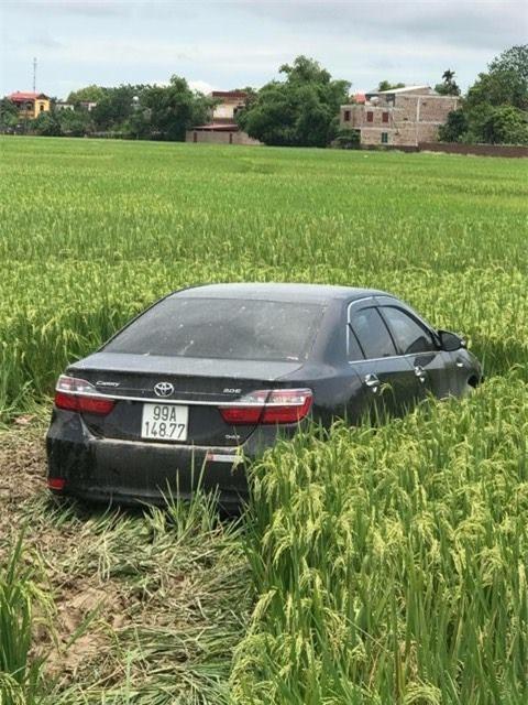Hiện trường vụ tai nạn khiến 3 học sinh tử vong Bắc Ninh - Ảnh 2.