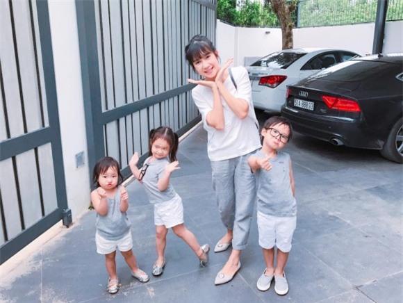 vợ Lý Hải, Lý Hải, Minh Hà và con,
