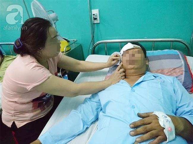 Vợ người đàn ông bị nhóm giang hồ đánh gục ở Sài Gòn: Kẻ chủ mưu là anh em kết nghĩa với cha nạn nhân? - Ảnh 1.