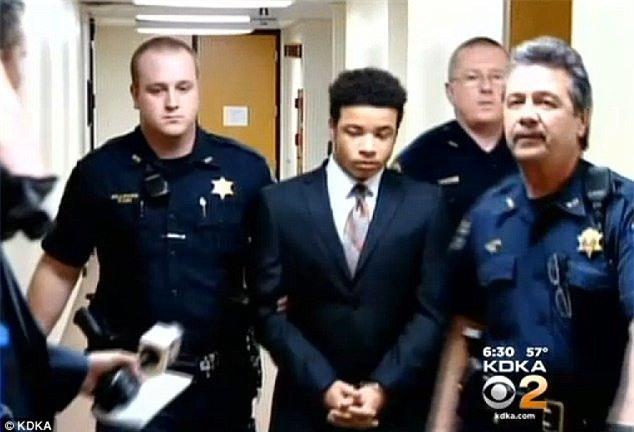 Maxwell Morton chịu án phạt 15-30 năm tù vì tội giết người cấp độ 3.