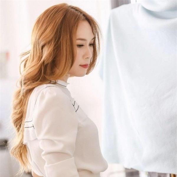Lời xin lỗi của những ông sao trẻ trong showbiz Việt: Chân thành hay bẻm mép? - Ảnh 7.