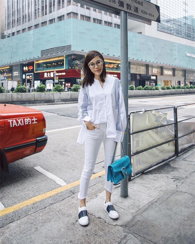 Chẳng ai bảo ai nhưng các quý cô châu Á diện cực nhiều đồ trắng cho street style tuần qua - Ảnh 12.