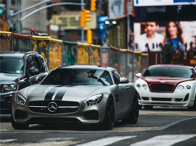 Cuong Do La do Mercedes GTS kieu Fast and Furious 8 hinh anh 3