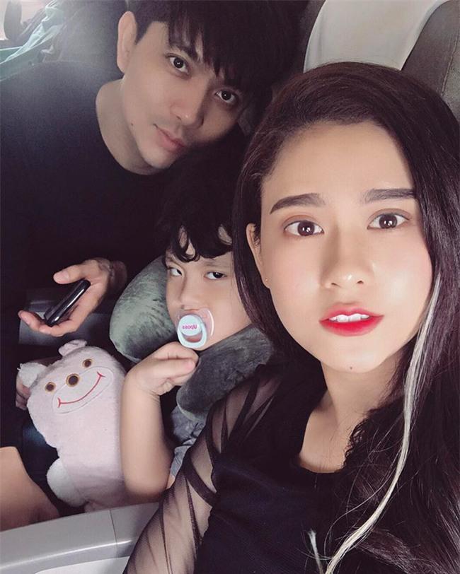 Tim khẳng định không có chuyện ly hôn với Trương Quỳnh Anh - Ảnh 2.