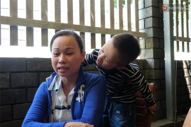 Người mẹ bất ngờ xuất hiện tại nhà ông bố nuôi 2 con bại não: Tôi không bỏ rơi con như chồng tôi nói - Ảnh 3.