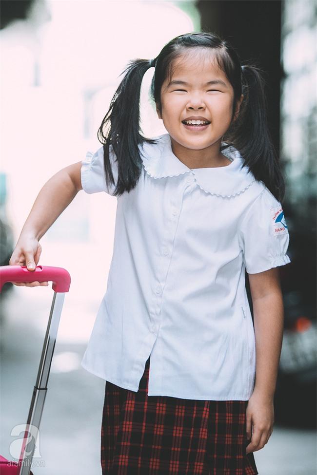Mẹ bé khiếm thị gây sốt Vietnam Idol Kids: Tôi đã khóc rất nhiều khi con mình chẳng nhìn thấy gì cả! - Ảnh 7.