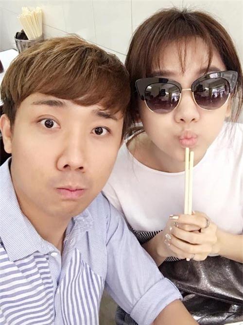 """nhung khoanh khac """"chang giong ai"""" cua vo chong tran thanh - hari won - 13"""