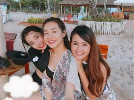 """fan phat sot vi thu """"dac biet"""" duoi chan nha phuong mung tuoi 27 hinh anh 5"""