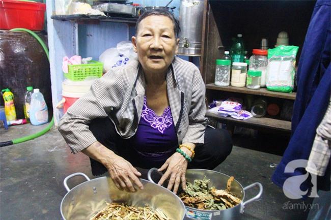 Cảm thương cảnh bà lão bệnh tật, lượm ve chai nuôi cháu mồ côi - Ảnh 12.