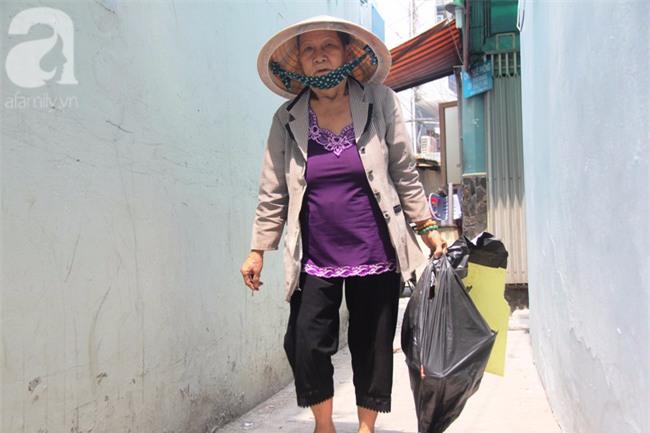 Cảm thương cảnh bà lão bệnh tật, lượm ve chai nuôi cháu mồ côi - Ảnh 8.