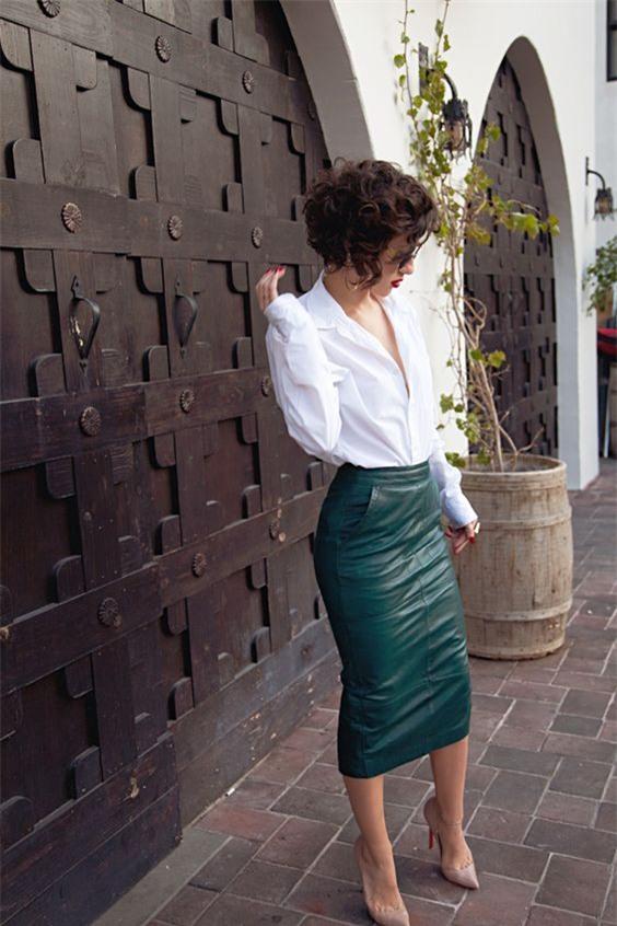 Diện sơmi và chân váy bút chì đến công sở: Bạn chọn phong cách nào! - Ảnh 12.