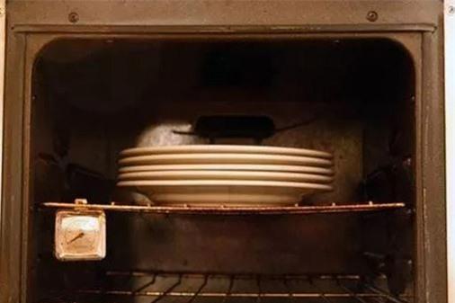Meo vat than ky bien ban thanh chuyen gia trong viec bep nuc